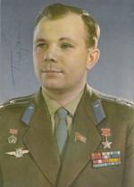 Yuri Gagarin autograph study