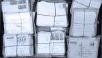 Das Konvolut mit Briefen und Manuskripten ist in einem Blechkoffer verwahrt, den Emmy Martin für ihre Reisen nach Lambarene benutzte.